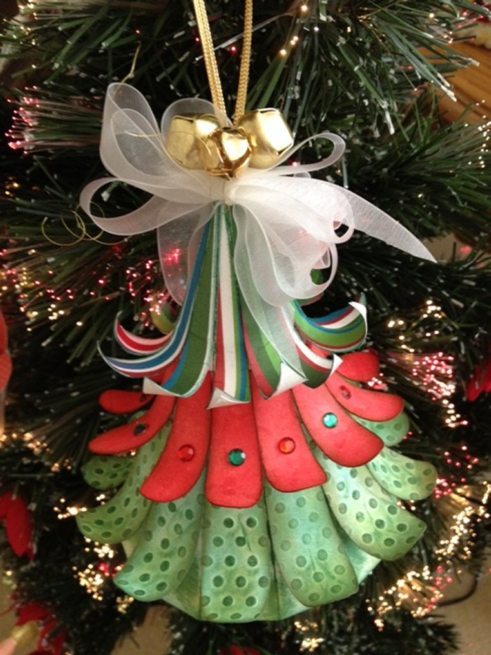 Craft Creations: 3D Hanging Christmas Tree Ornament