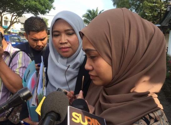Isteri Pertama Sah Kena Cerai, Ude Kini Hak Milik Mutlak Izreen Azminda
