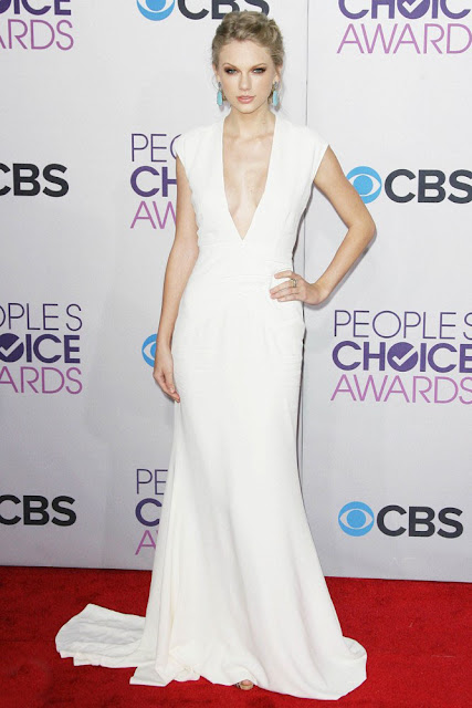 http://www.starcelebritydresses.com/taylor-swift-peoples-choice-celebrity-ivory-slim-red-carpet-dress-13.html