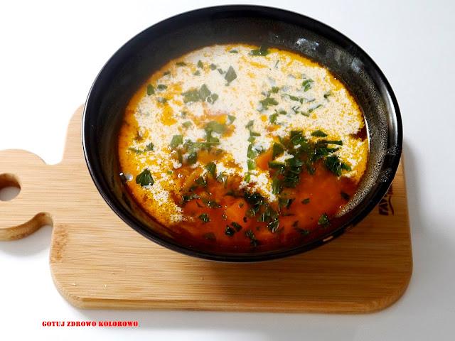 Zupa pomidorowa z czerwoną soczewicą - Czytaj więcej »