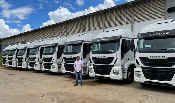 Transoeste Transportes amplia frota com 21 caminhões IVECO Hi-Road