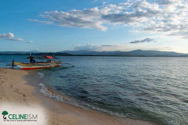 beaches in marinduque