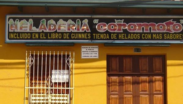 """Heladería """"Coromoto""""  cierrra sus puertas gracias al Narco socialismo de Maduro y su combo"""