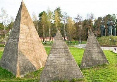 Wisdom Teachings and the Practicals of Pyramid Science - A Breakdown of the Studies of David Wilcock - Learning the Specifics of How to Jump-start the Light-Body Russian-pyramid-complex