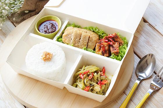 Tips Makan Siang Sehat di Kantor, Dijamin Murmer!