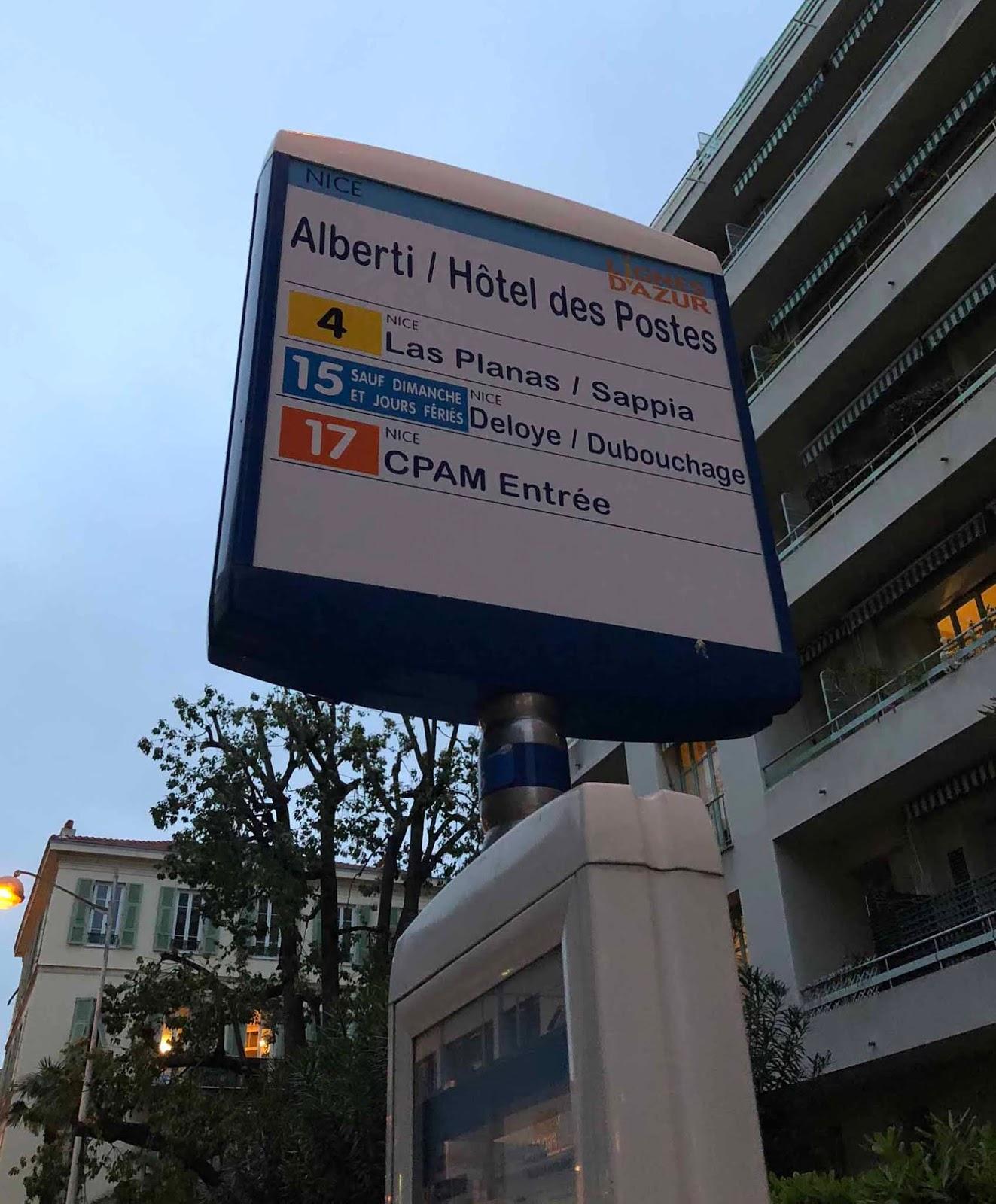 Nizzalainen bussipysäkki