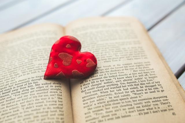 Kumpulan Pantun Cinta Sejati Romantis Buat Ngerayu 100 Pantun Cinta Sejati Romantis Buat Ngerayu!