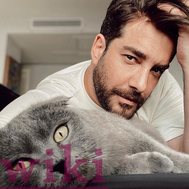 Information about Enis Arıkan, religion, wife, age, serial works