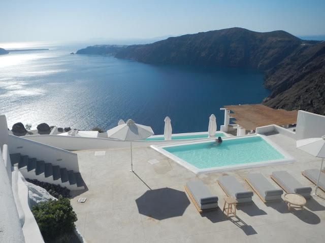 Rocabella Santorini Hotel & Spa, a Memorable Romance