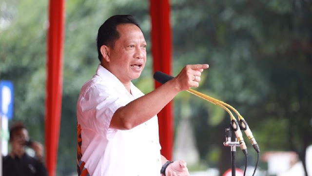 Mendagri Ancam Pecat Kepala Daerah, Ahli Hukum Sampai Yusril Ingatkan Tito Begini