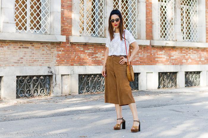 Look como combinar Una Camiseta blanca especial con palmeras NÜ Denmark