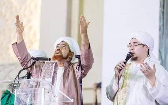 al-Habib Umar bin Hafidz dan Habib Jindan