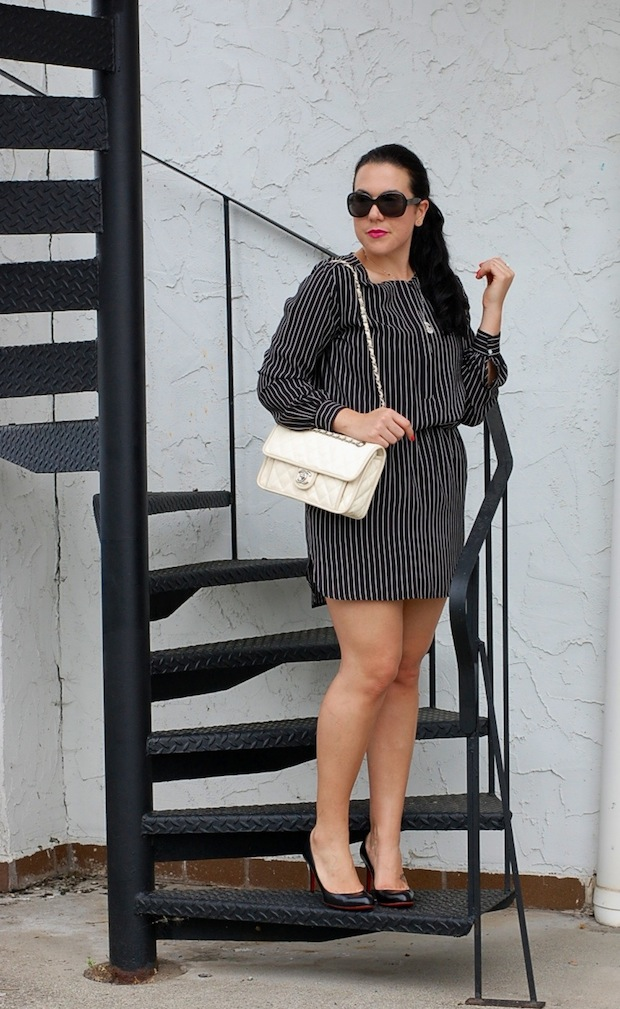 Joe Fresh silk dress, Chanel French Riviera bag, Prada sunglasses, Tiffany Ziegfeld collection necklace and Christian Louboutin Simple kid pumps