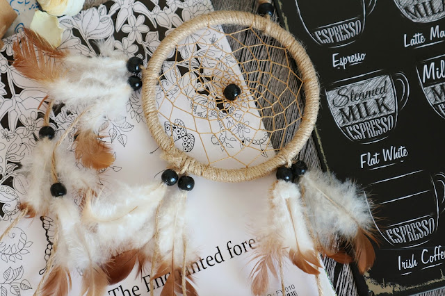 Hand Woven Natural Feathers Dreamcatcher