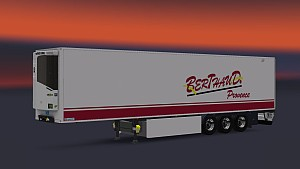 Lamberet trailer with skins