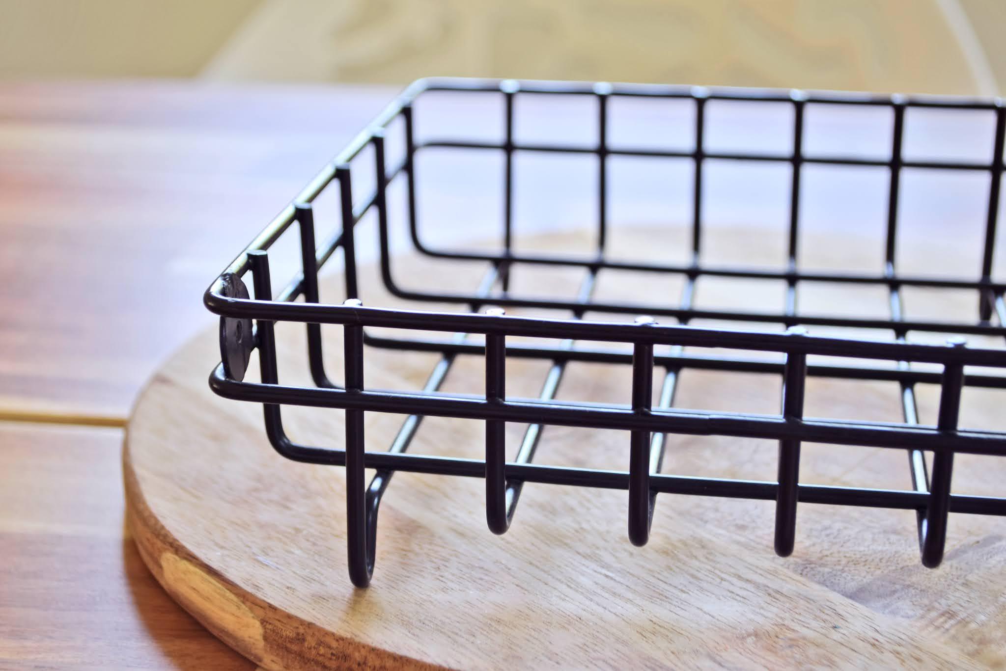 koszyczek metalowy czarny