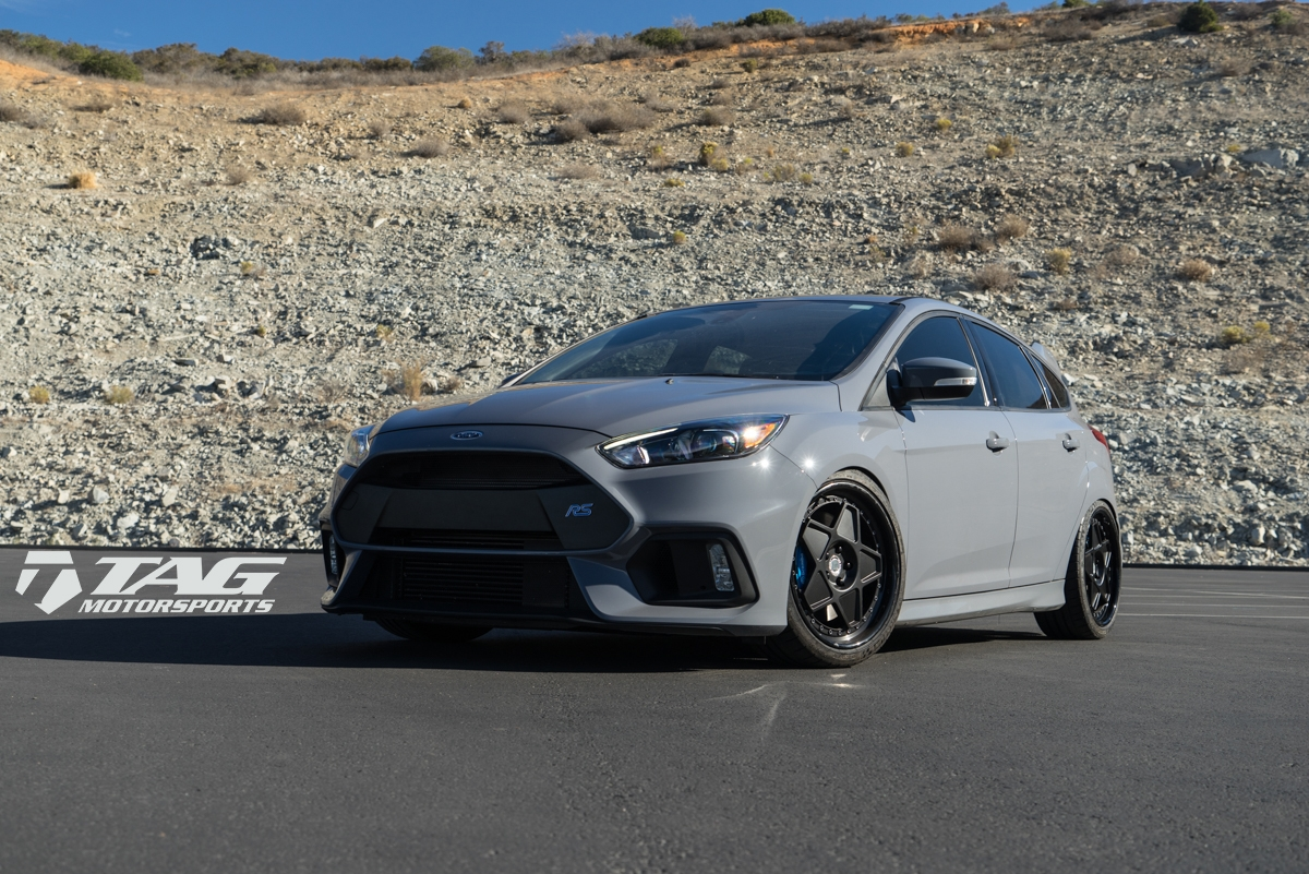 bagged ford focus rs fails to impress with custom air. Black Bedroom Furniture Sets. Home Design Ideas
