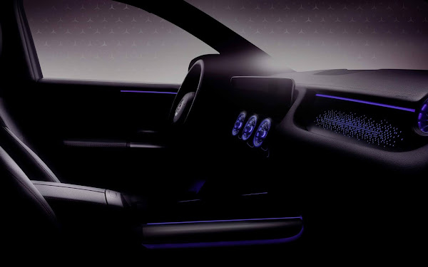Mercedes-Benz EQA tem interior inspirado nos Tesla