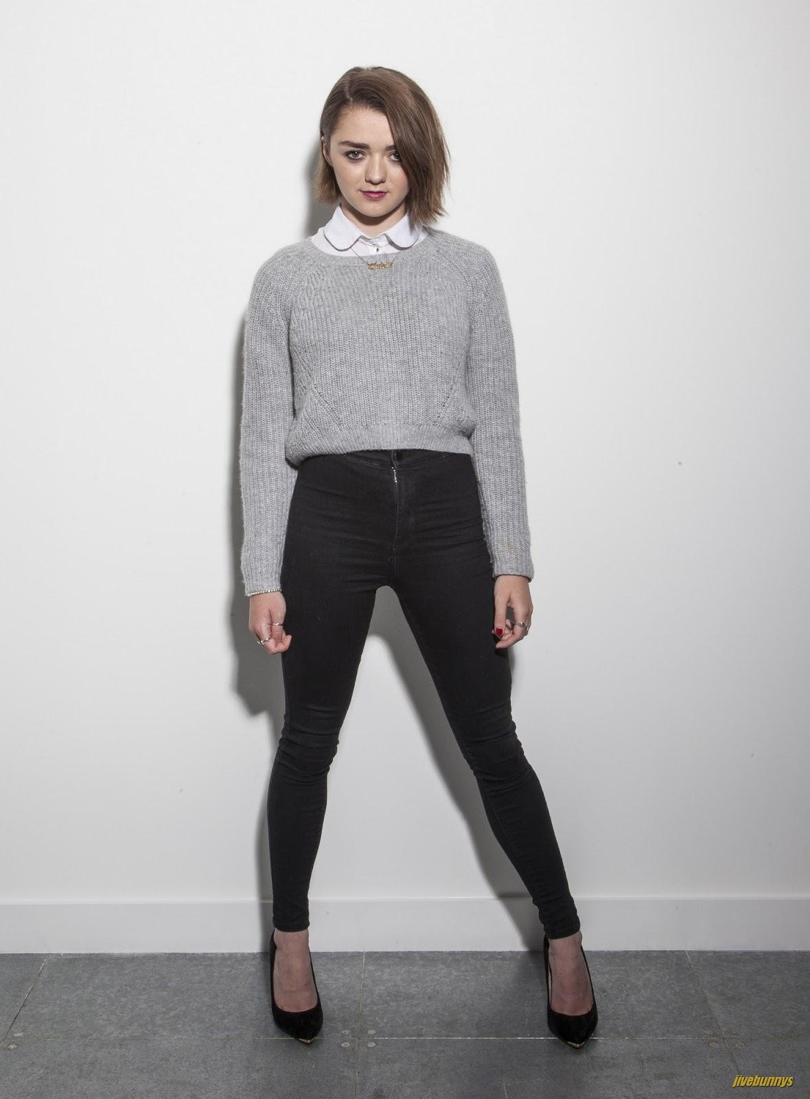 Galerry Maisie Williams HQ Photo Gallery 3