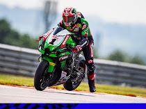 Jonathan Rea Terkejut Toprak dan Gerloff Lebih Pilih Bertahan di WSBK Ketimbang Jadi Pembalap MotoGP.