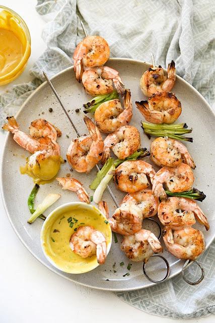 Grilled Shrimp with skewers garlic recipe