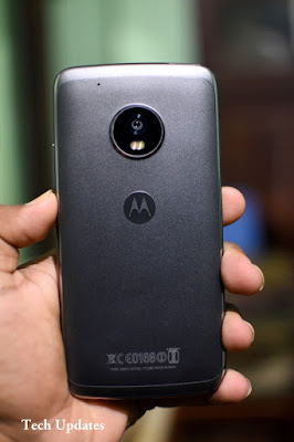 Moto G5 and Moto G5 Plus gets Android 8.1 Oreo update