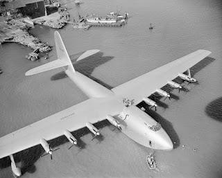 Hughes H-4 Hercules, el hidroavión más grande de la historia