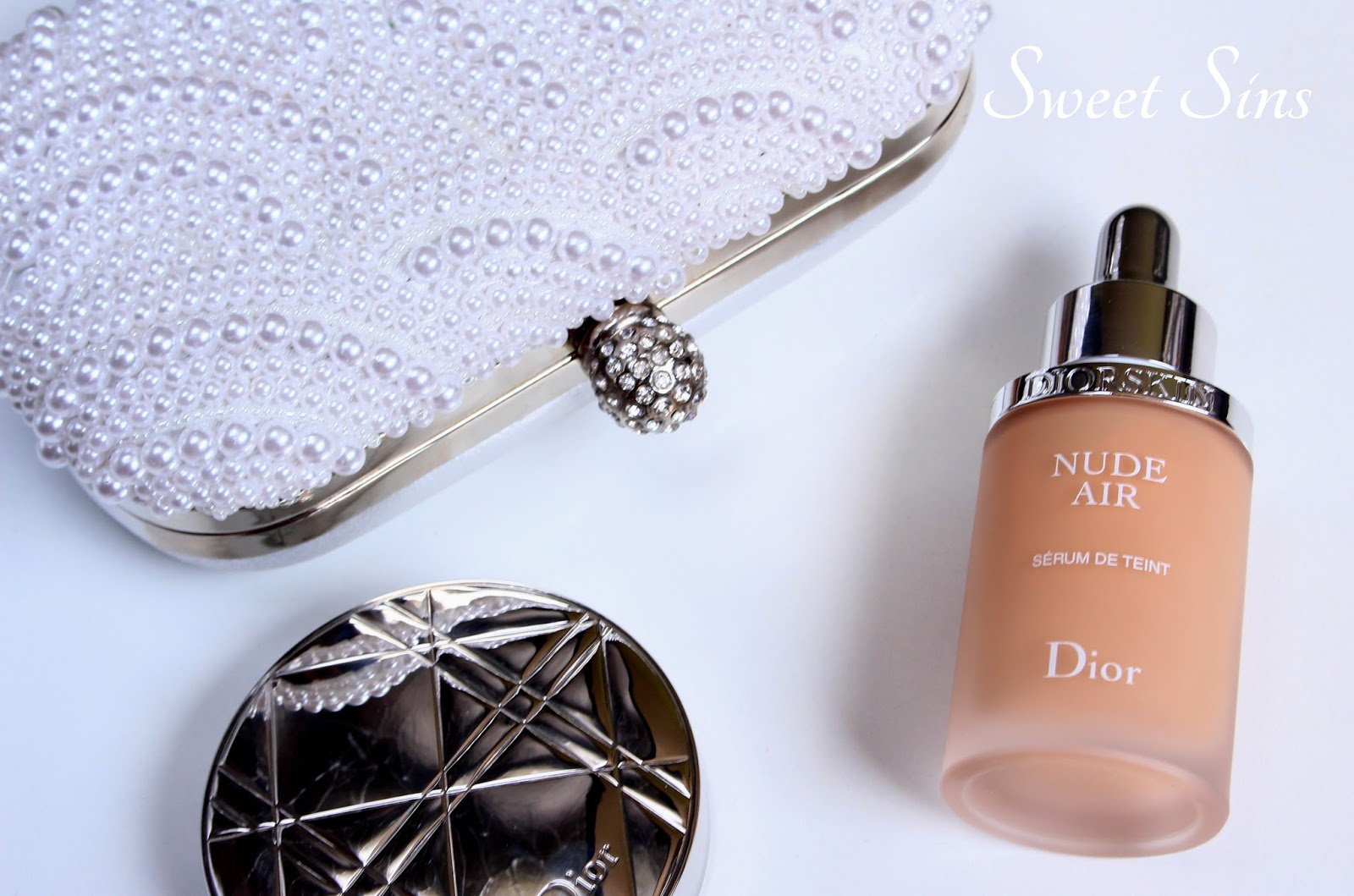 sweet sins diorskin nude air serum 020 recenzja demo. Black Bedroom Furniture Sets. Home Design Ideas