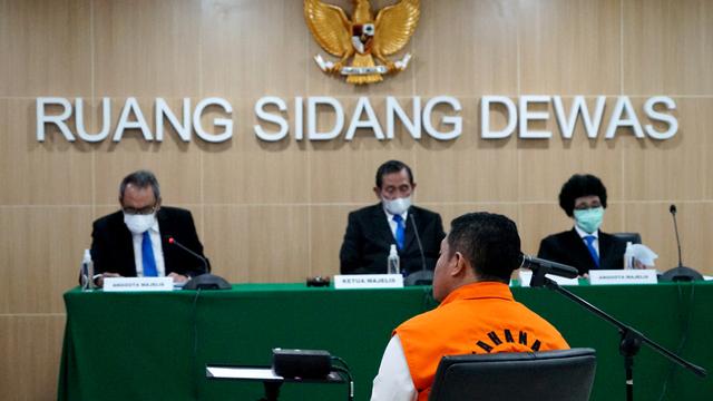 Eks Penyidik KPK Diduga Terima Suap Rp 11 M: Dari Bupati, Wali Kota, hingga DPR