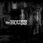 Você foi chamado para entrar em uma casa onde a família toda se suicidou.  Descubra os segredos dessa casa mal-assombrada, vasculhe os côm...