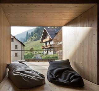 Casa sulle Alpi Carniche by Ceschia e Mentil