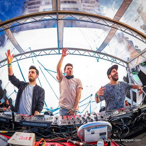Cash Cash Instagram
