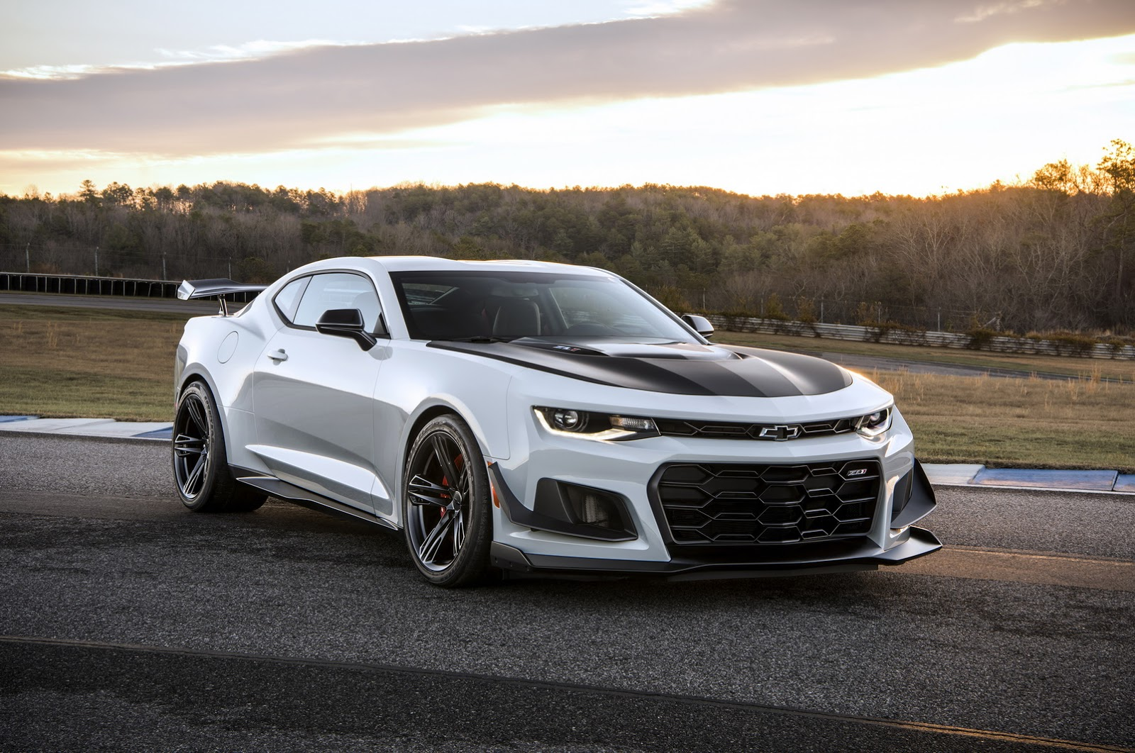 chevrolet camaro snatches sales crown from mustang carscoops. Black Bedroom Furniture Sets. Home Design Ideas