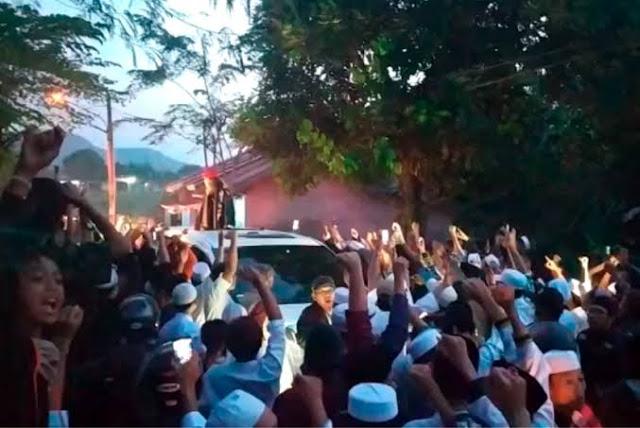 Merinding, Ini Video Ribuan Orang Sambut Pembebasan Habib Bahar Bin Smith