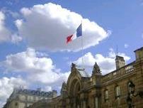 Τέλος στην περίοδο χάριτος φαίνεται ότι έδωσαν οι Γάλλοι στον Εμανουέλ Μακρόν
