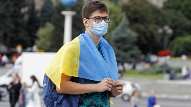 Ukrajnában kevesebb mint ötezer új beteget jegyeztek fel