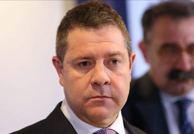 García Page afirma que según sus fuentes el dinero del rey emérito no procede de comisiones ilegales