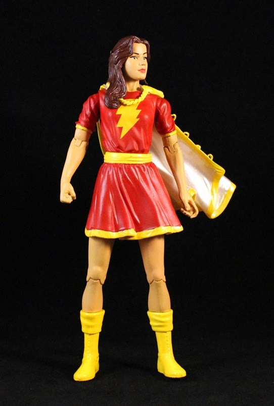 Women of the DC Universe Mary Marvel Shazam Bust NEW!