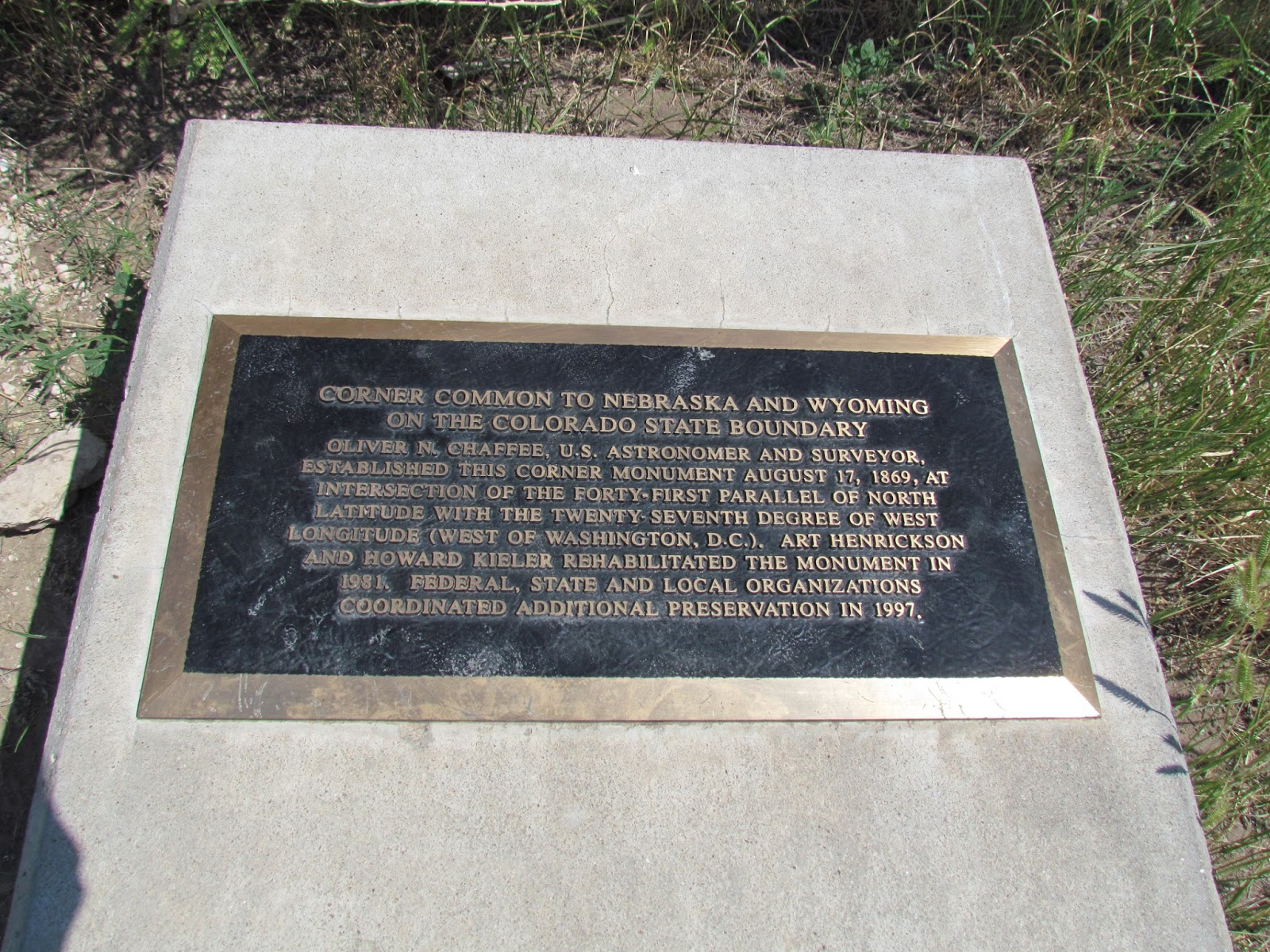 historical plaque near tripoint marker