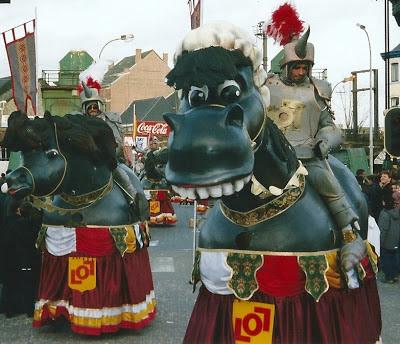 http://carnavalskoentje.blogspot.be/2013/05/carnaval-2002.html