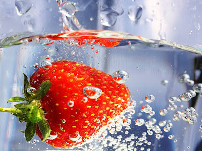 Delicious Strawberry Normal Resolution HD Wallpaper 6