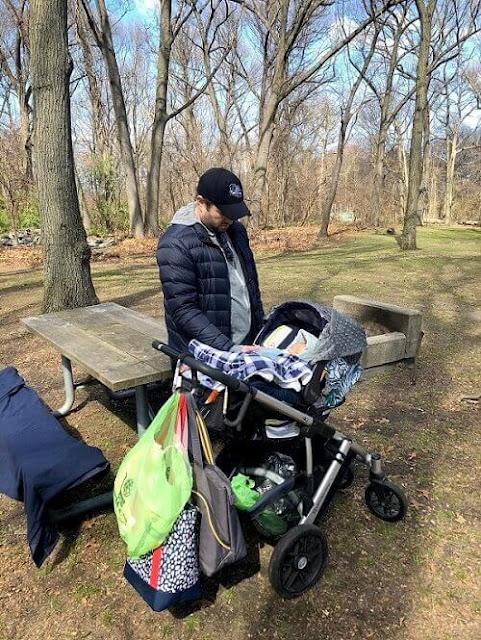 baby stroller family travel