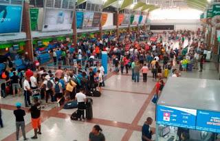 Migración: más de 52 mil extranjeros salieron del país en vuelos ferry