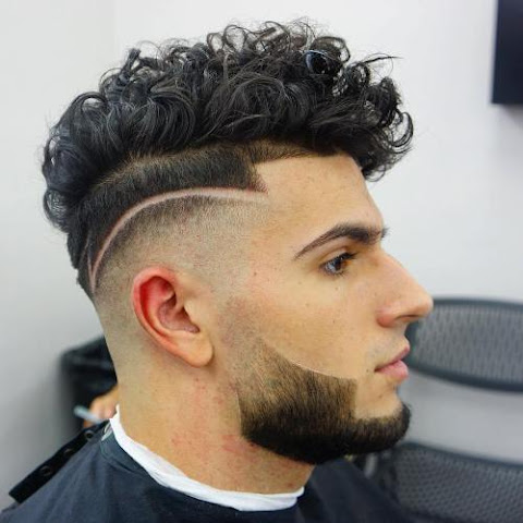 curly hairstyles for men Seemly to Anniversary Event