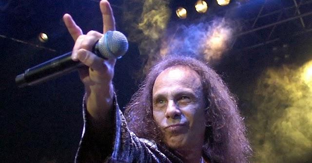 Família de Ronnie James Dio anuncia lançamento de autobiografia do cantor