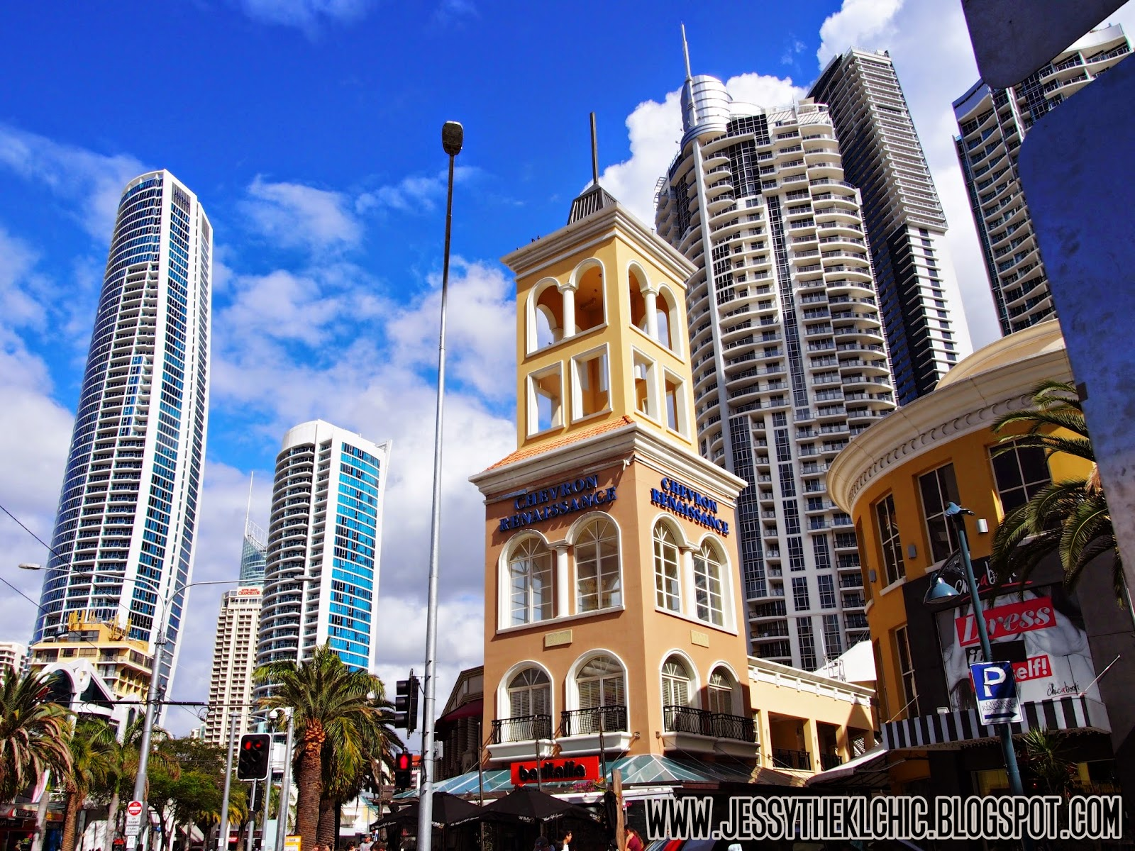 Travel: Surfers Paradise (Gold Coast, Australia)