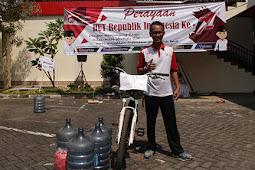 Perayaan HUT ke-71 Republik Indonesia di Otoritas Jasa Keuangan Jember