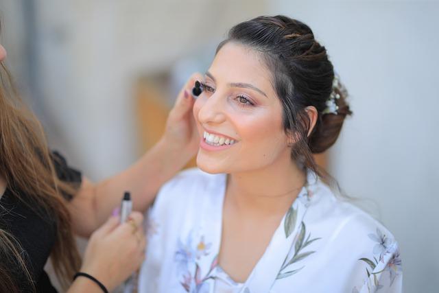 woman-bride-smile-make-up