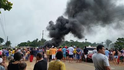 São Benedito (CE): Carro fura blitz e perseguição termina em acidente com 3 pessoas mortas.