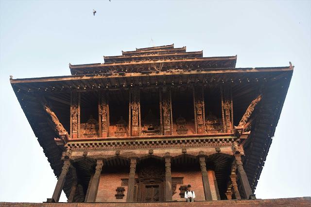 Nyatphola temple